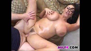Curvy Milf Gangbang Creampie