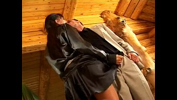 Hot chic on naked gun Girl who fuck in satin clothes - xhamstercom