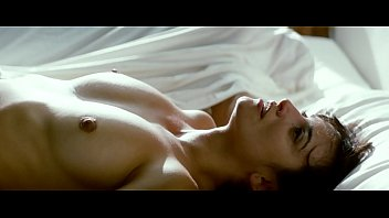 Penelople cruz nude - Penelope cruz hot nude sex scenes from broken embraces