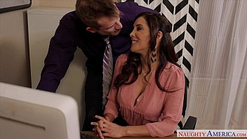 Sexy Francesca Le fuck in the office Preview