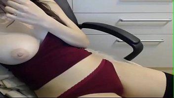 slutcamsfree(dot)com Alessandra Natural breast with hand in panties