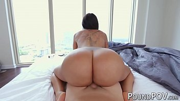 Huge bubble butt girl Lela Star destroyed in POV 5分钟