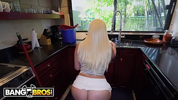 BANGBROS - Hot Blonde Maid Alexis Andrews Gets Her Big Ass Fucked By Tony Rubino