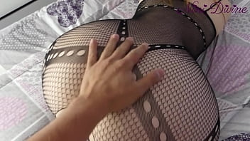 Hot PAWG stepmom with her stepson to fuck together!