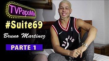 #Suite69 - Participe do show de sexo ao vivo com o pornstar Bruno Martinez no Club Rainbow em São Paulo - Parte 1 - Instagram: @TVPapoMix thumbnail