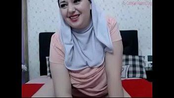 Hijab Girl Masterbating on camera