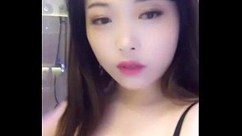 长相很可爱漂亮嫩妹美女专业调理阳痿早泄,硬度不足,延时,增大增粗,微信2639581730