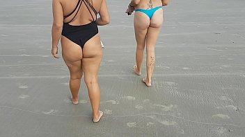 Me and my friend enjoying tasty on the beach !!! Honey Fairy - Paty Butt - El Toro De Oro