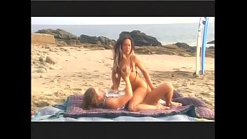 Surfer slut Asia has oral sex on beach then fucks