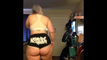 Dare you to NOT cum to this Big Ass Twerking