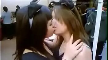 Mulheres beijam muito mais gostoso que homens