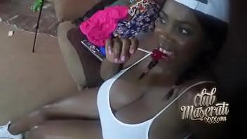 Sexy ebony gets fucked and creampie