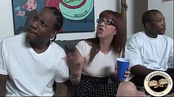 Girl tells boyfriend she wants to fuck black men