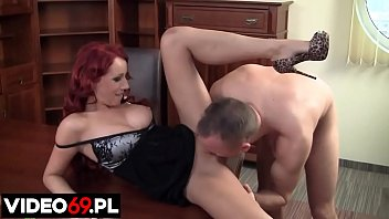 Polish porn - Intoxicating moments with a hot assistant