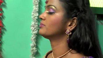 AaivuKoodam Movie - Hot Song - Shooting Spot - RedPix 24x7.mp4