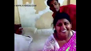 Delhi aunty sex with devar Thumb