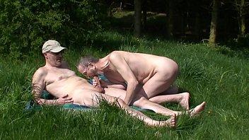 Nacktfotoshooting mit Folgen
