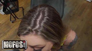 Lets Try Anal - (Karma Rx, Sascha Ink) - Tattoo Parlor - MOFOS Vorschaubild