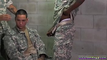 Man receive fucked from mature soldier