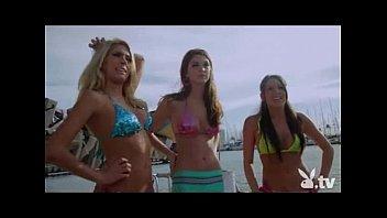 Hot Girls Sailing Naked!