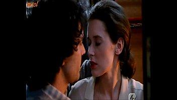 Sylvia Kristel - Amor de primera clase (1979)