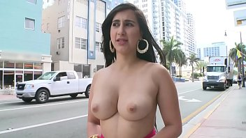 BANGBROS - Young PAWG Valerie Kay On The Streets Of Miami Beach Giving The World A Show pornhub video