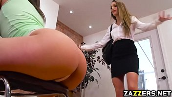 Abella Danger returns the lesbian favor to Kimmy Granger