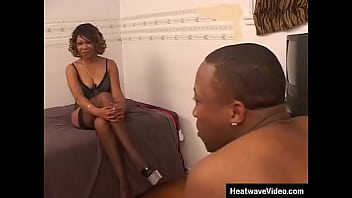 You would have a hard time believing that this ebony MILF was really over 50, right? 10 min
