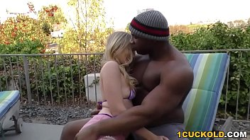 Thumb king Riley reyes gets stretched by a bbc - cuckold sessions
