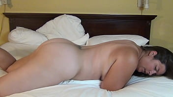 Sexy girls humping fat men - Amateur woman with big ass humps pillow