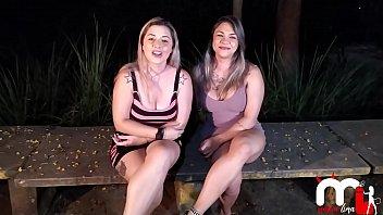 Mônica Lima e Fernandinha Fernandez retornam a praça da putaria em SP e fodem com desconhecidos! (Ed Junior)