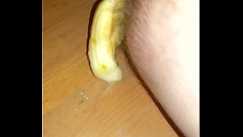 Food ass - Toy in ass banana falls out