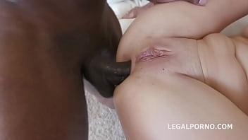 Francesca Dicaprio BBC gang bang with balls deep anal pounding Vorschaubild