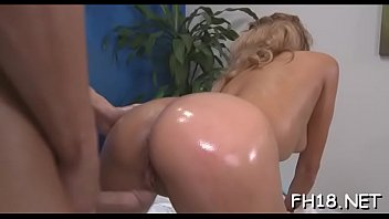 Packing monster in passionate bimbo 's cuch