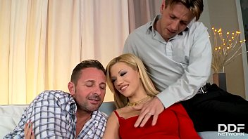 Extra Sexy Blondie Bibi Noel Gets Ready For Some Double Penetration Action