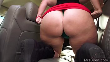 Wife Masturbates in Back Seat in Public