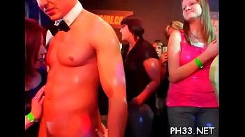 Wild sex parties pic - Gangbang wild patty at night club
