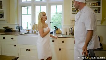 Mom in pantyhose stories - Brazzers - hot milf kendra lust takes young cock