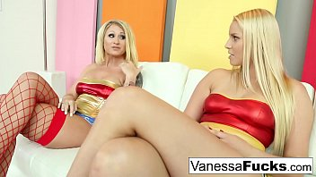 Vanessa hugens totally nude - Vanessa daisy are both lesbian superheroes for halloween