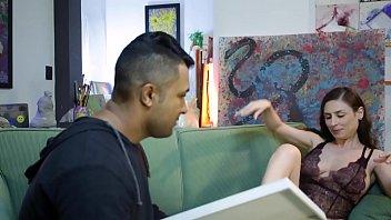 Durante A Aula Professora De Artes Seduz Seu Aluno Usando Uma Lingirie - Loupan & Emme White