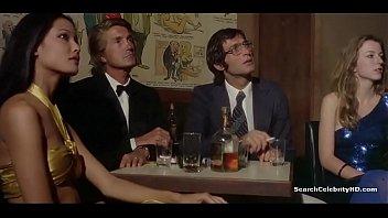 Strippers - Emanuelle In Bangkok (1976) - 2