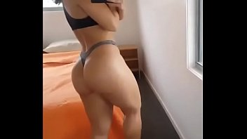 Watch my incredible Booty on SC: HotBabeMia video