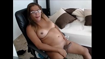 Chubby Shemale Spanking it on Cam