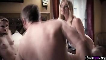 Rachael Cavalli invites Riley Star for a hot threesome sex