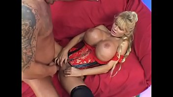Bustier latins - Milf wearing red bustier with huge breasts misty knight gets fucked on the bed