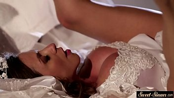 Creamed MILF bride spreads her legs for cock