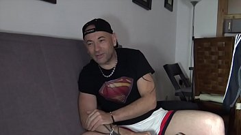 The french daddy JEFF BARAN fucked by LEO REX Bareback in PARIS for crunchb