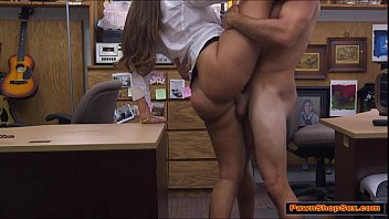 Brunette waitress knows how to lick dick