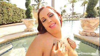 Sexy Newbie Big Booty BBW Phoenixxx Fucks Stud in Miami Sun