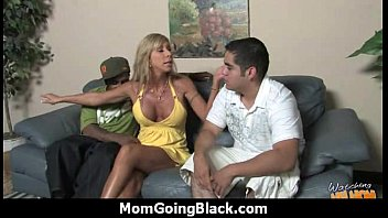 Mommy stuffed with BBC 19